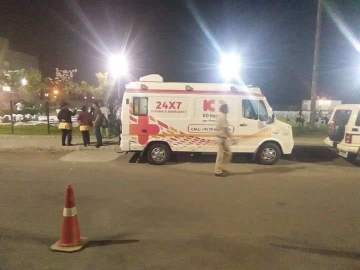 The second edition of Amdavad Distance Runners Night Marathon was surely an event to be reckoned with. With KD Hospital being the health partner and Adani Shantigram being the organizer, this was surely a step forward towards a healthy and fit lifestyle.  #AmdavadDistanceRunnersNightMarathon #NightMarathon #KDHospital #GoodHealth #Ahmedabad #Gujarat #India