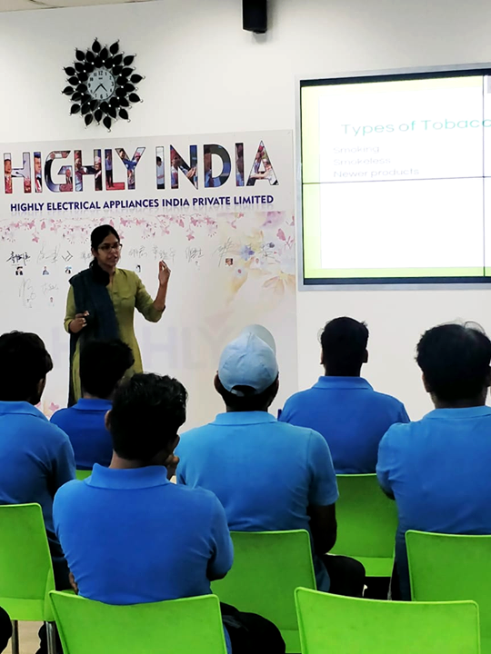Glimpses of Health talk by Dr. Shweta Gargiya (Pulmonologist) on World No Tobacco Day at Highly Electrical Appliances India Pvt Ltd., Bavla  #KDHospital #GoodHealth #Ahmedabad #Gujarat #India