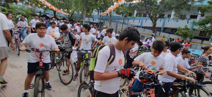 Happy glimpses from the Senseintindia Charity Ride- Messengers on Cycles where KD Hospital was the Health partner!        #KDHospital #GoodHealth #Ahmedabad #Gujarat #India
