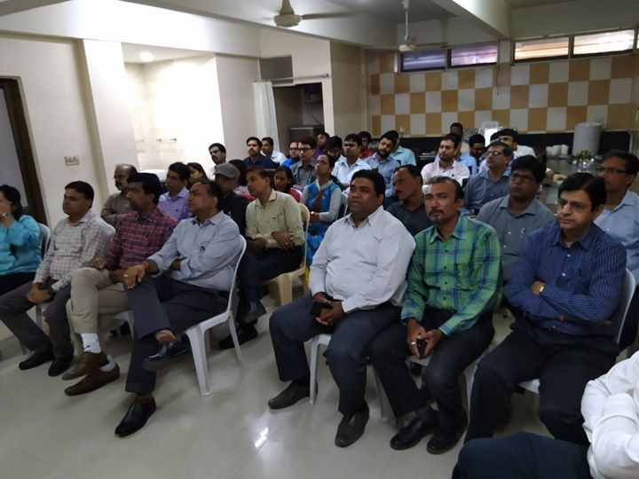 Take a sneak-peek into the health talk presented by the renowned Dr. Hiren Patt (Endocrinologist) at Gujarat Heavy Chemical Ltd on the occasion of World Diabetes Day!  #KDHospital #GoodHealth #Ahmedabad #Gujarat #India
